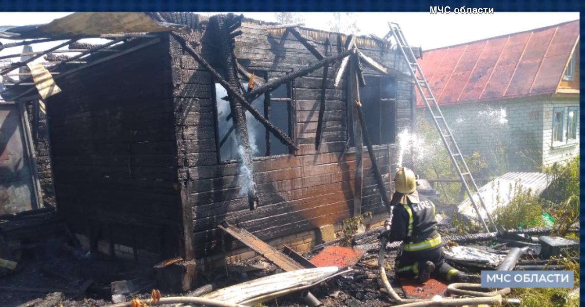 В дачном доме в Струнино случился пожар_00000